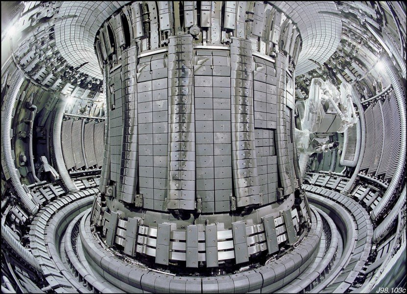 The newly clad plasma vessel: 4,500 carbon tiles have been replaced by beryllium and tungsten tiles using the Remote Handling Manipulator Arm (right hand side in the background)