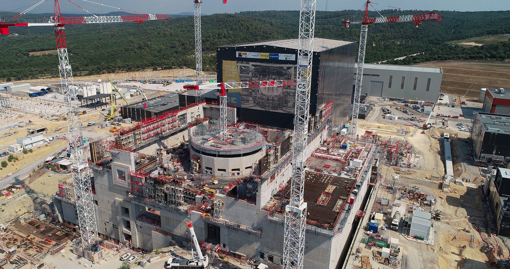 The results obtained provide important data for constructing and operating the ITER international experimental reactor.