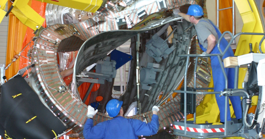 In 2005 starts construction of the Wendelstein 7-X stellarator in Greifswald.
